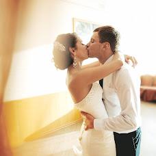 Wedding photographer Anton Kuzmin (AntonKuz). Photo of 12.02.2016
