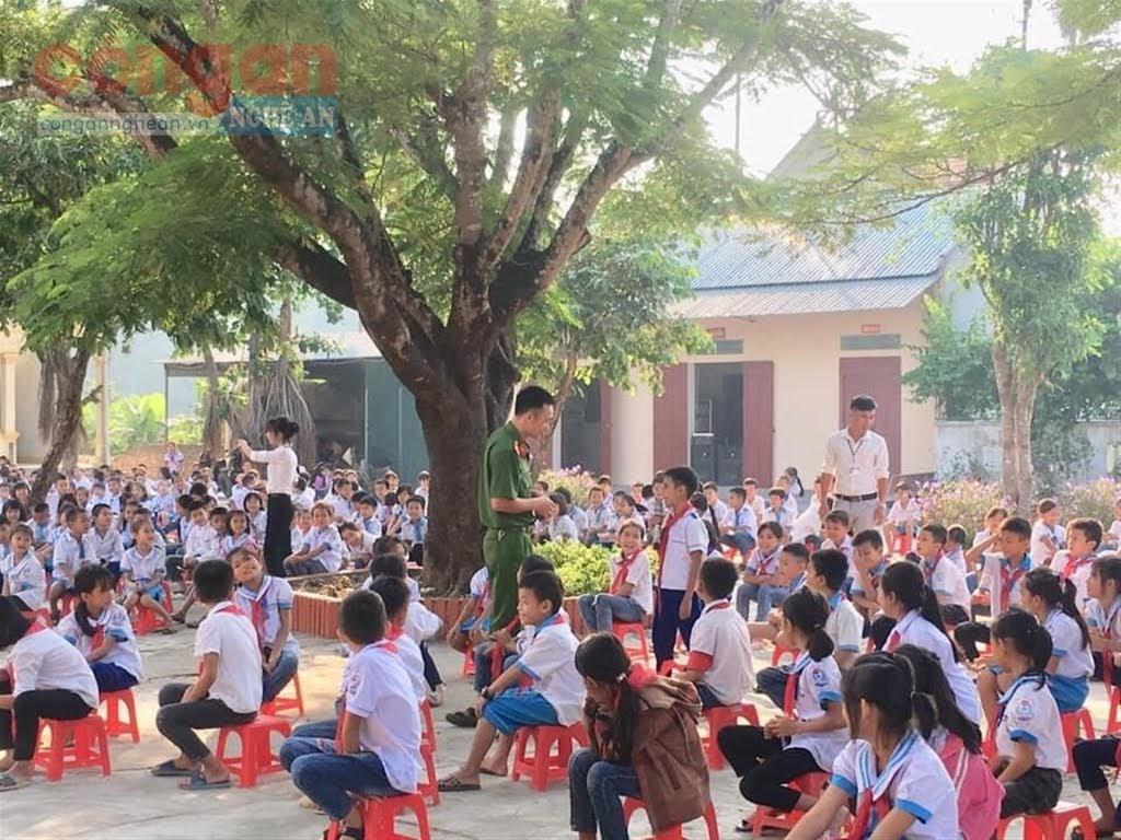 Công an TX Hoàng Mai tuyên truyền kiến thức, kỹ năng phòng, chống xâm hại trẻ em