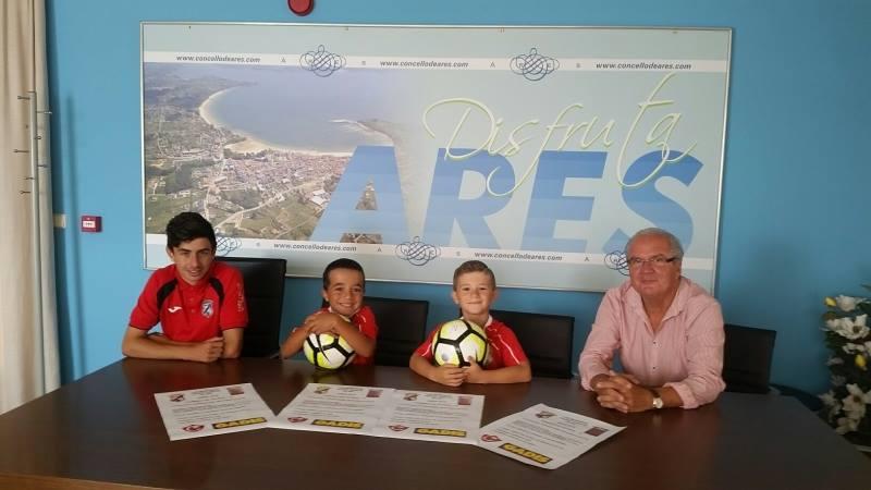 ADR Numancia de Ares. VIII Memorial Pedro García Vilar. Fútbol 8. Prados Vellos. Presentación en el Ayuntamiento de Ares.