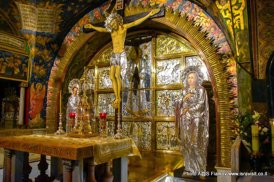 Голгофа Место, где стоял крест с распятым Иисусом.