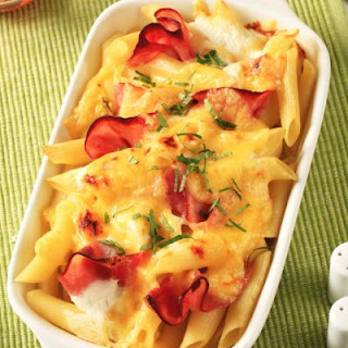 Cheesy Ham and Penne Pasta Bake