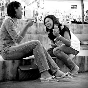 Having Some Fun.. by Ian Gledhill - People Street & Candids ( girls, market, thailand.asia, black and white, street, candid, fun, people, b&w, portrait, city, photography, , Emotion, human )