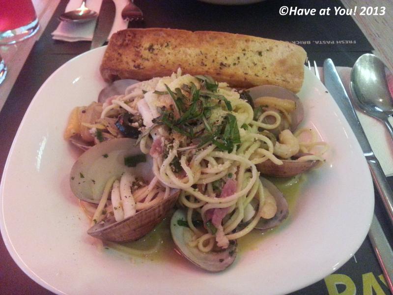 Seafood Garlic Pasta