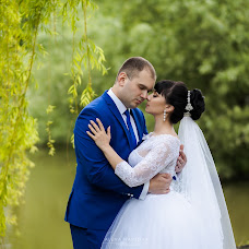Wedding photographer Alena Nartova (ktyfka). Photo of 08.01.2018