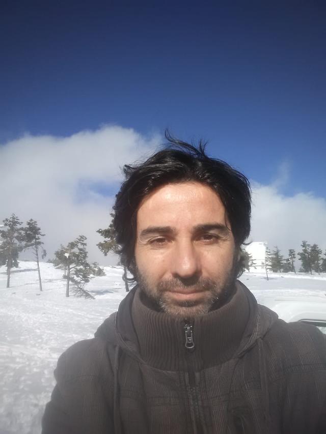 Antonio García Fernández, Sr. Curri, es el autor del guion y el ideológo del proyecto.