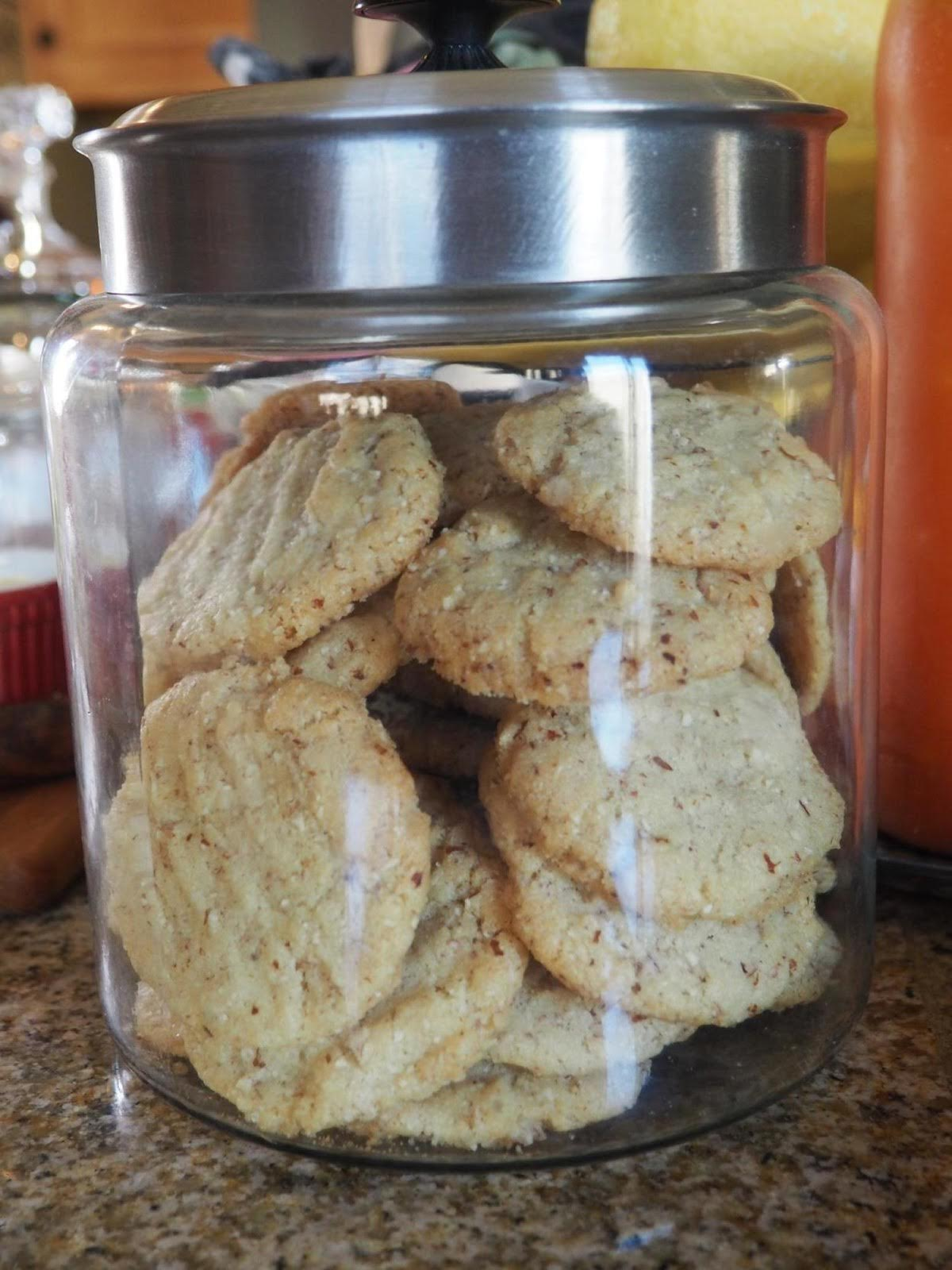 No Cholesterol Almond Cookies