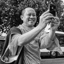 Photo: Apple FaceTime ;-)  #street #streettogs #streetphotography #shootthestreet