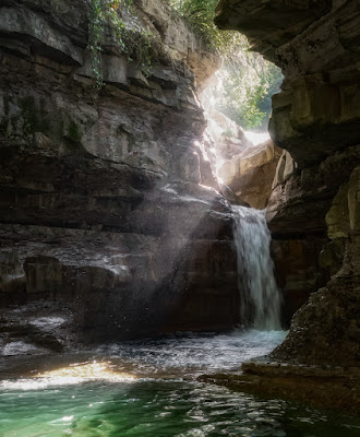 La grotta urlante di Luca160