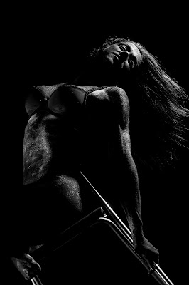 Black in black di MARIA ELENA CAMILLI