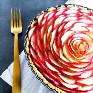 Easy French Apple Rose Tart.
