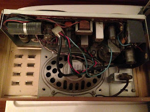 Photo: Here we are looking at an overview of the inside of the front portion of the intercom control system. A large speaker, FM Tuner, mono in, tubes, the whole bit