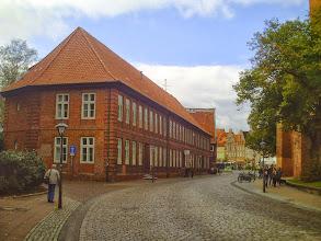 Photo: Bei der St. Johanniskirche - auf dem Weg zum Sande (Am Sande im Hintergrund).