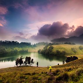 Ranu Kumbolo by ARE Samudra - Landscapes Mountains & Hills ( ranu kumbolo, mountain, indonesia, sunset, lake, nikon, semeru )