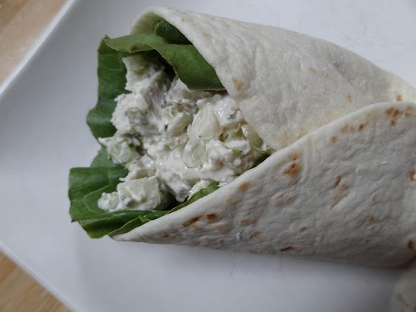 Chill for 30 minutes.  Serve on a wrap or flour tortilla.