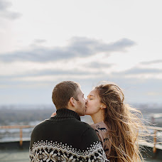 Wedding photographer Yuliya Dibizheva (u-sha). Photo of 12.05.2014