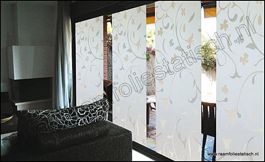 Statische raamfolie bloemmotieven deluxe 92cm for Plakfolie decoratie