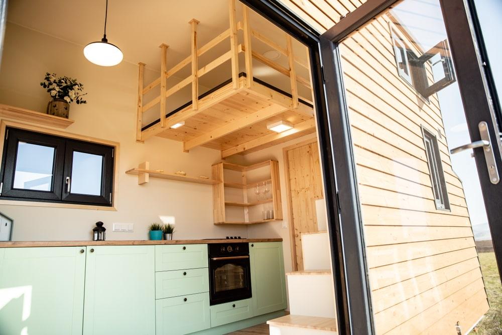 Por conta do espaço reduzido, as minicasas são projetadas para otimizar ao máximo o espaço disponível. (Fonte: Shutterstock)