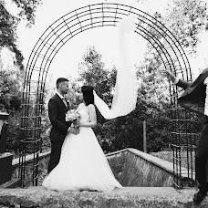 Wedding photographer Sergiu Cotruta (SerKo). Photo of 01.10.2017