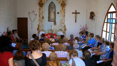 Photo: A la una, com estava previst, va començar la Missa a l'ermita de l'Immaculat Cor de Maria.