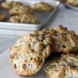 Levain Bakery Chocolate Chip Walnut Cookies Recipe