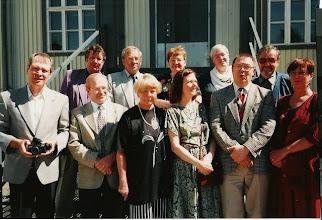 Photo: 19970607 Viljo, Armas, Timo, Harri, Sirpa, Seija, Mirja, Kaisa, Asko, Martti, Liisa - Luokkakakokous Karhula