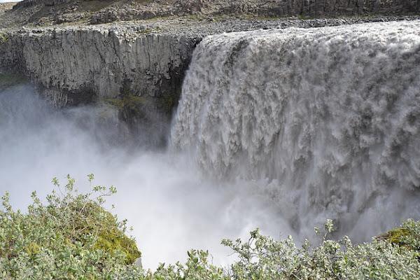 la forza dell'acqua di ELENA 77