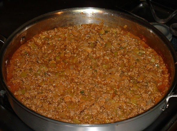 Stir the ketchup (or ketchup/chile) mixture into the browned beef mixture. Cover the pan...