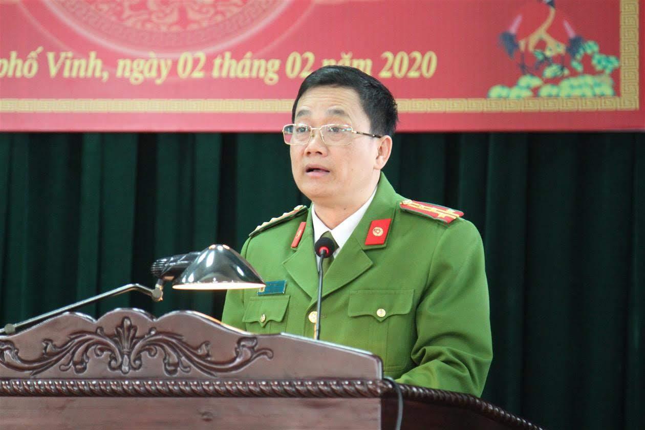 Đồng chí Đại tá Nguyễn Mạnh Hùng, Phó Giám đốc Công an tỉnh phát biểu