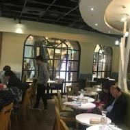Movenpick café 莫凡彼咖啡館(高雄展覽館店)