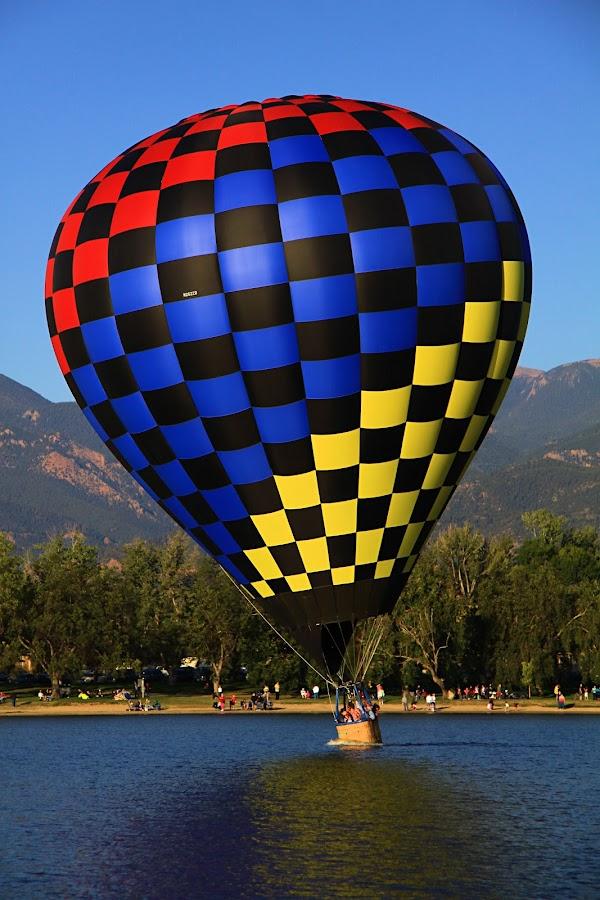 Dip! by Jen Millard - Transportation Other ( water, dash, splash, hot, air, lake, balloon )