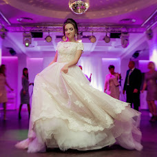 Wedding photographer Viktoriya Isaeva-Kasina (Tolik87). Photo of 12.02.2018