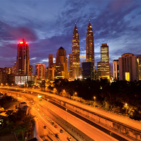 The path  by Najmi Rooslan - City,  Street & Park  Skylines ( urban, uwa, malaysia, cityscape, sunrise, nikon, landscape, kl, tokina, kuala lumpur )