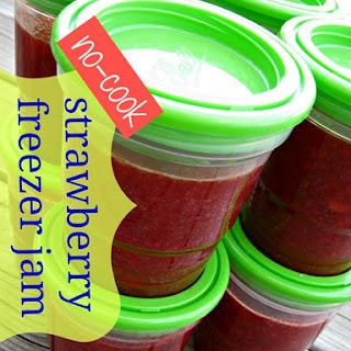 No-cook Strawberry Freezer Jam {recipe}.