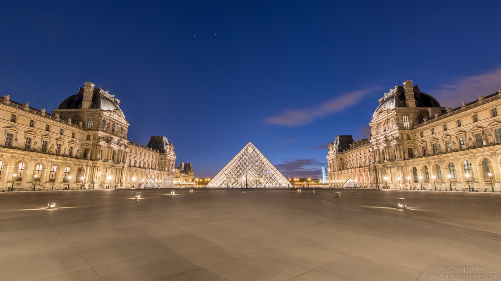 Louvre at night! So beautiful