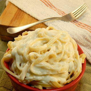 Creamy Greek Yogurt Alfredo Sauce