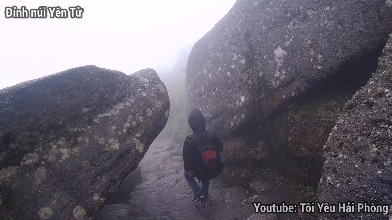 Gió quá to tại Chùa Đồng khi leo núi Yên Tử quảng ninh 7