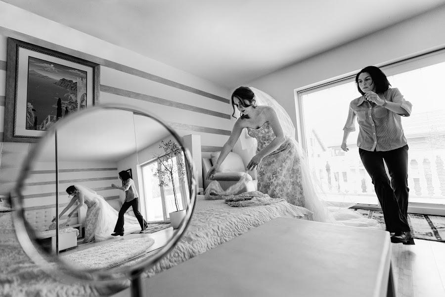 Wedding photographer Claudiu Negrea (claudiunegrea). Photo of 21.02.2017