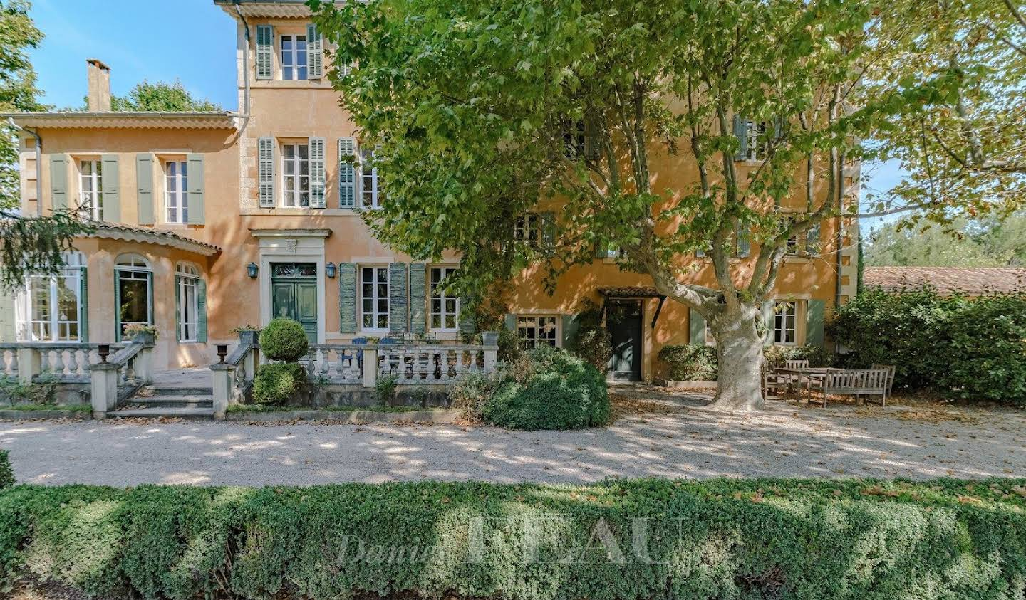 Property with pool Forcalquier