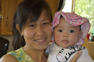Photo: Tina và bé Phương Thảo