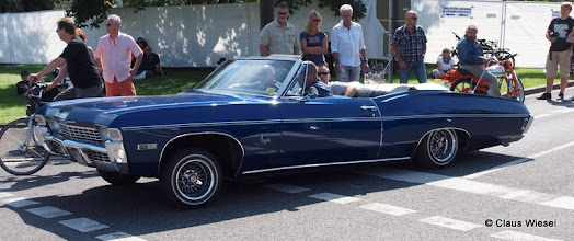 Photo: Lowrider Impala 396
