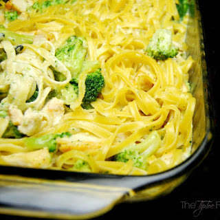 Chicken Broccoli Alfredo Bake