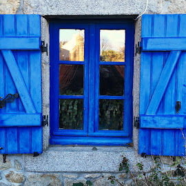 Window by Dobrin Anca - Buildings & Architecture Architectural Detail ( window, green, street, sea, brittany )