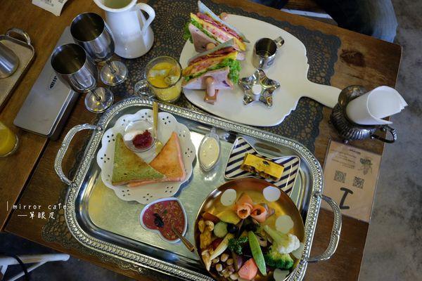 mirror cafe競子咖啡│一秒來到歐式城堡當貴婦喝下午茶,店門口超大蝴蝶結很吸睛,近勤美綠園道、草悟道早午餐