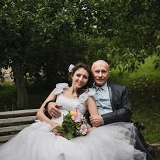 Wedding photographer Vitaliy Zverev (id14804092). Photo of 24.09.2015