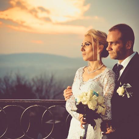 Wedding photographer Rafał Niebieszczański (RafalNiebieszc). Photo of 31.10.2017