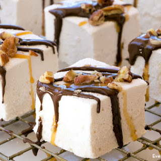 Chocolate-Dipped Marshmallows