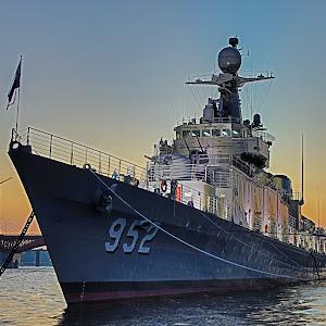 Battleship Park HDR.jpg