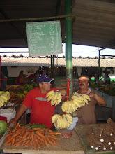 Photo: ag market cuba. tracey eaton photo.