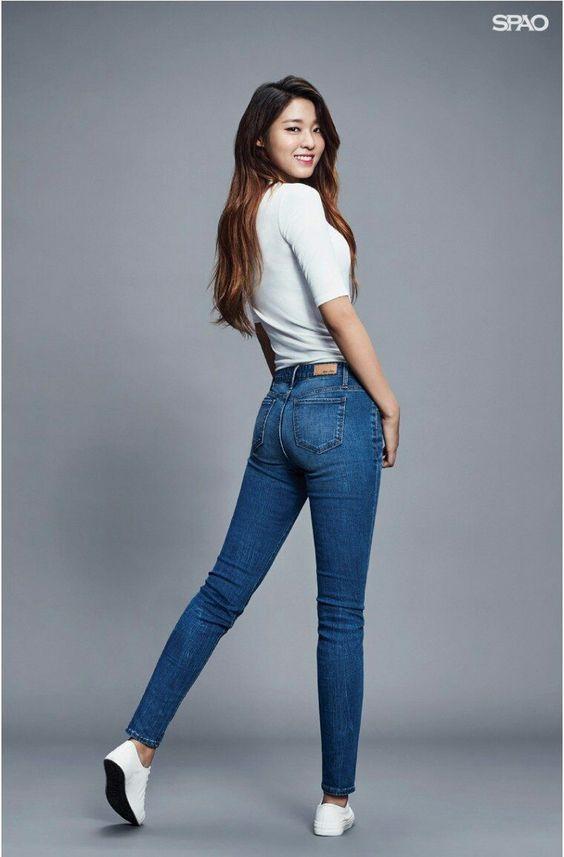 seolhyun jeans 22