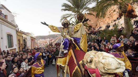 El Rey Baltasar, a su llegada el pasado año a la Alcazaba de Almería.